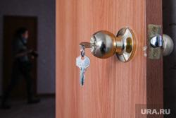 Медик из ЯНАО, выиграв суд, не может добиться от властей квартиры