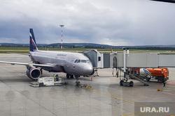 Самолет «Аэрофлота» задержался в Екатеринбурге на 8 часов