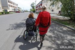 В Госдуме хотят поднять выплаты по уходу за инвалидами в 10 раз