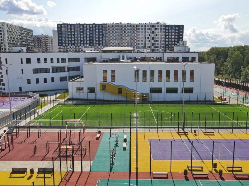 Школу «Самбо-70» для 1 125 учеников в «новой» Москве инвестор передаст городу