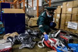 Общественники предложили раздавать россиянам таможенный конфискат