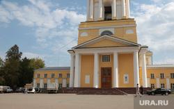 Пермского депутата обвинили в езде под окнами храма. До этого ей не понравились местные артисты