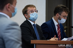 Свердловского депутата Госдумы обвинили в подкупе избирателей. Видео