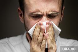 Врач назвал опасные народные методы лечения простуды