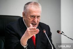 Жириновский предложил изменить систему оценок в школе. «Все убрать»