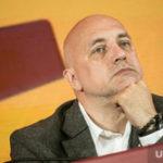 Политолог: Прилепина заставили отказаться от депутатского мандата
